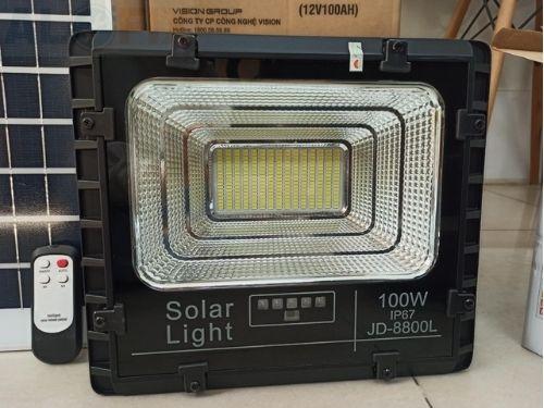 Đèn Năng Lượng Mặt Trời 100W JD-8800L